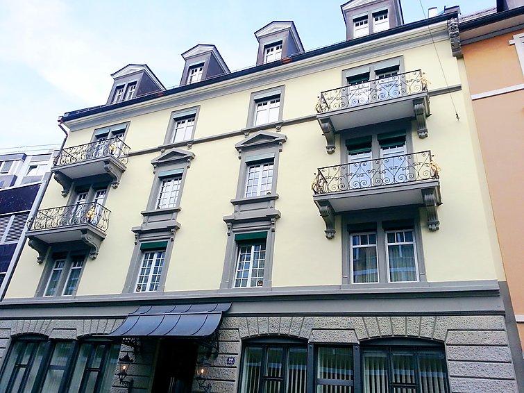 Ferielejlighed EMA House Sup. Standard Unterstrass til sletter cykling og med dvd-afspiller