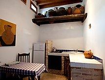 Archondia House