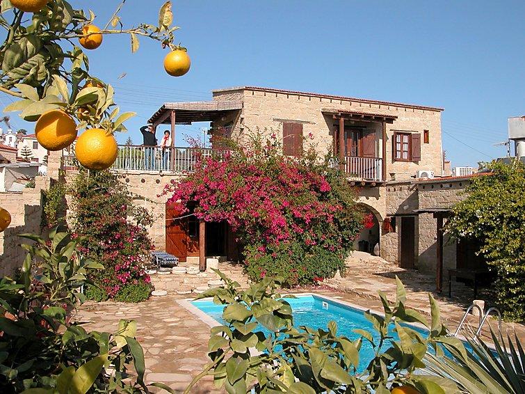 Ferielejlighed Myrto House med pool og vaskemaskine