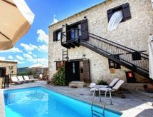 LEONIDAS VILLAGE HOUSES 2 BEDROOM H con piscina und Wi-Fi