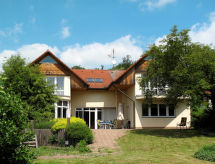 Ferienhaus mit Pool (VNL100)