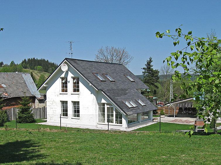 Ferie hjem ům Černý med mikrobølgeovn og til bjergvandring