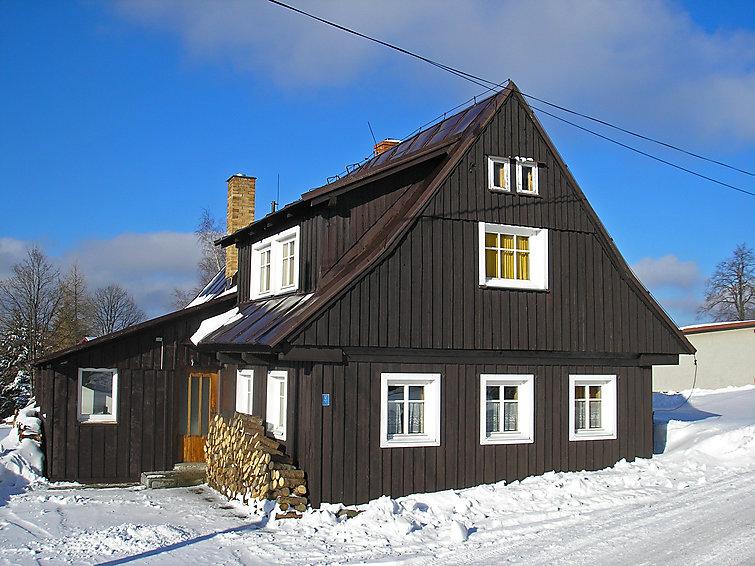 Ferie hjem říchovice med pejs og tæt på skiområdet