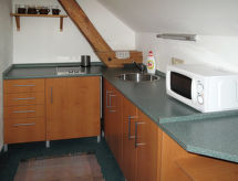 Haus Kaprasova (UHL100)