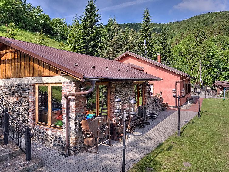 Ferie hjem ží til bbq og med sauna