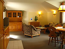 Hotel zum Walde with fitness and smoking ban