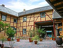 Laufenberg con terrazza und letto per bambini