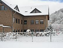 Ferienapartments Adenau para equitação e com forno
