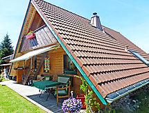 Zur Wutachschlucht bisikletli ovalar için ve balkonlu