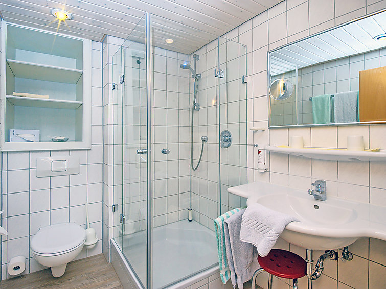 Apartment (4p) in holidayhome with sauna, outside swimmingpool in Center of Bad Bellingen, Black Forest (I-148)