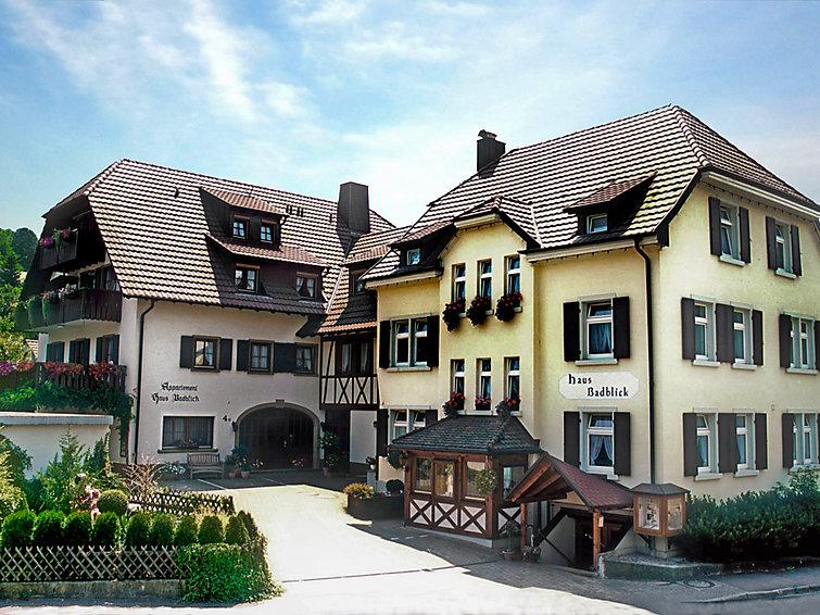 Appartement Badblick (2p) met sauna en zwembad in Bad Bellingen in het Zwarte Woud (I-144)