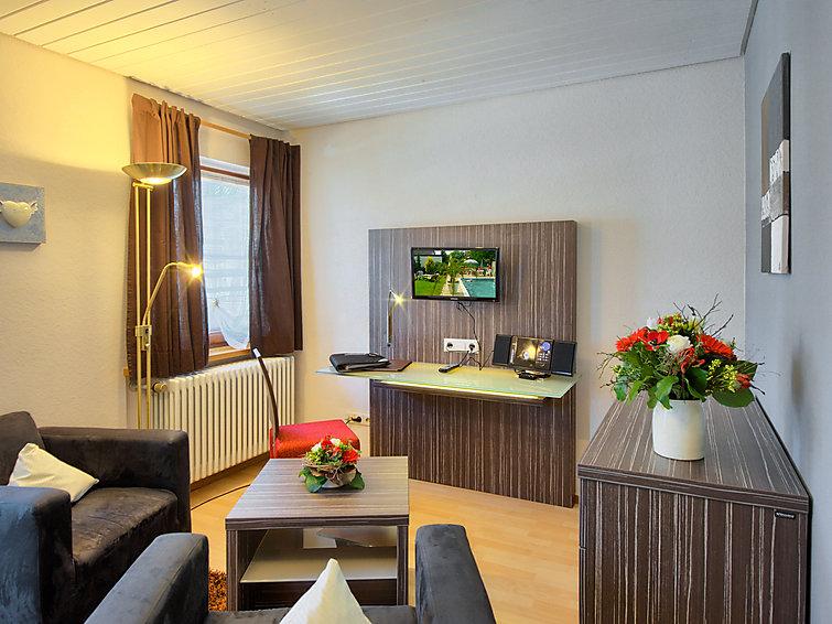 Apartment Badblick (2p) with swimmingpool in Bad Bellingen in Schwarzwald (I-143)