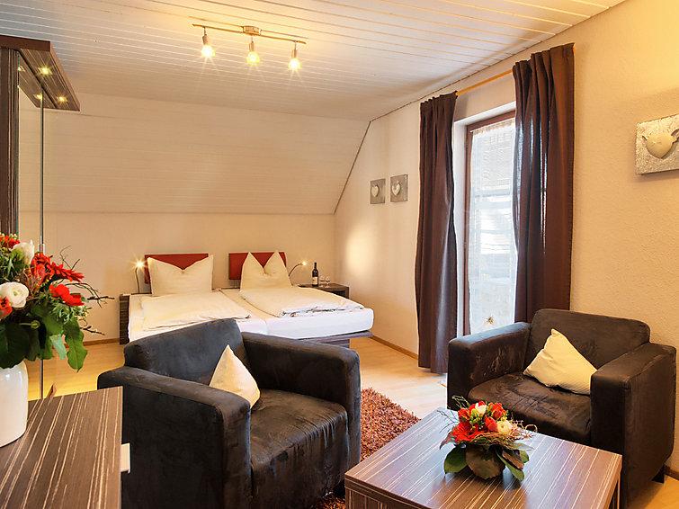 Appartement Badblick (2p) met zwembad in Bad Bellingen in het Zwarte Woud (I-143)
