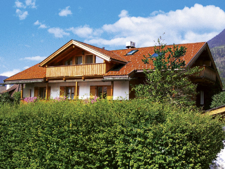 Garmisch accommodation chalets for rent in Garmisch apartments to rent in Garmisch holiday homes to rent in Garmisch