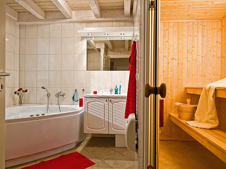 Sauna, Whirlpool In Ferien Bungalow (4+2p) Auf Bungalowpark Bad Saarow,