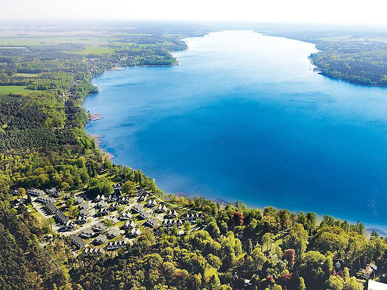 Sauna vakantiewoning (4+2p) met whirlpool aan prachtig meer op Schlosspark Bad Saarow, Duitsland (I-135)
