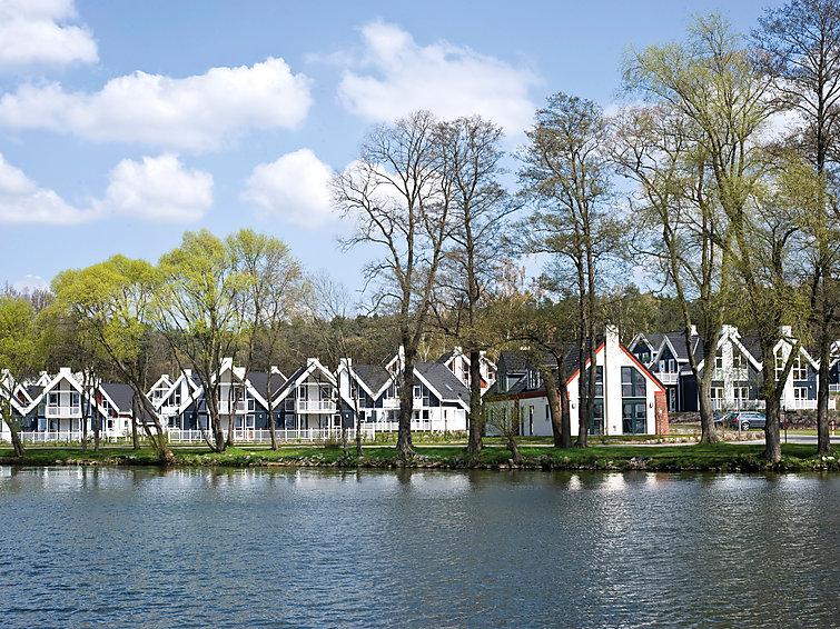 Sauna and whirlpool in Villa (8p) at the lake at holidaypark Schlosspark Bad Saarow (I-75)