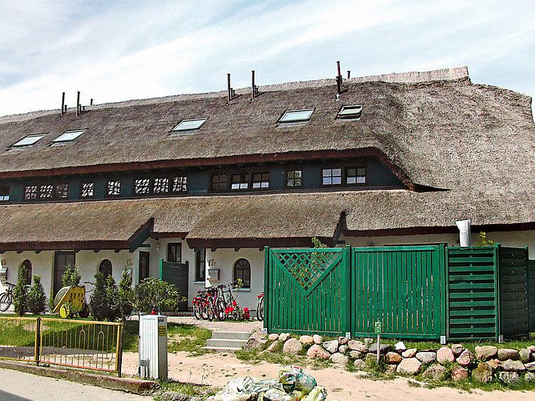 Geschakelde vakantiewoning Boddenstrasse aan de kust van Duitsland geschikt voor 8 personen (I-203)