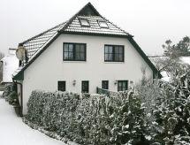 Groß Zicker - Vakantiehuis Boddenstrasse