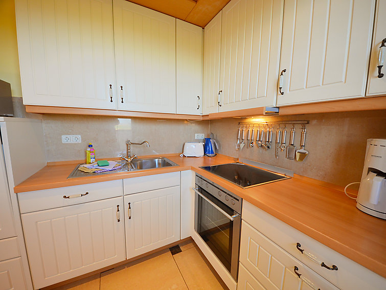 Rugen Germany spacious apartment Sonnenkliff at 500 m from the beach (I-217)