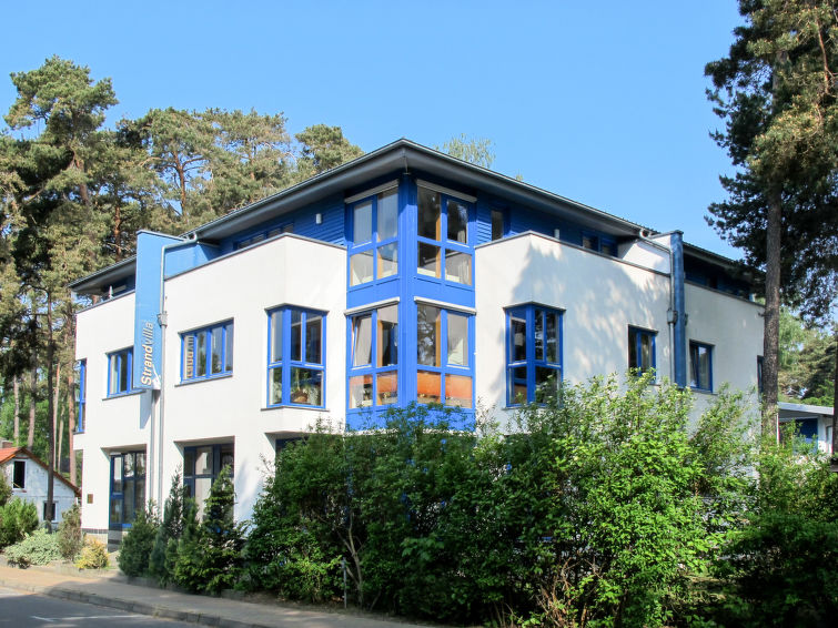 Strandvilla (LUB111)