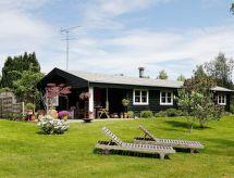 Udsholt Strand con horno y restaurante cercano
