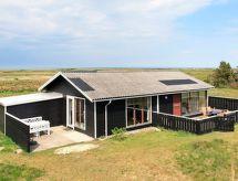 Thorup Strand med mikrobølgeovn og havudsigt