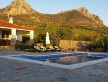 Casa Rural El Villar con chimenea y para golf