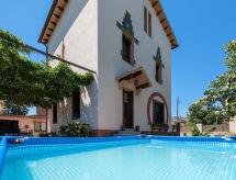 Santa Maria Palautordera - Дом Modernist House