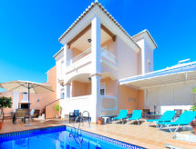 Nerja - Vakantiehuis La Buganvilla
