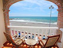 Casa Daniel z widokiem na morze i piekarnikiem