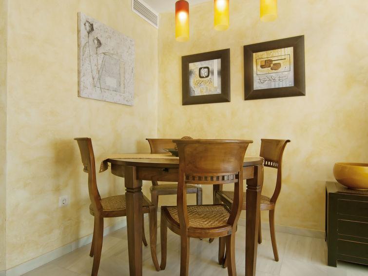 Luxury Self Catered Apartment Villa San Fermin