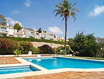 Pueblo Mirasol con piscina para niños y vistas al mar