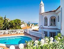 Villa Andalucia with WiFi und mit Bett für Baby