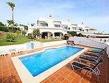Villa Cielo con baño y piscina
