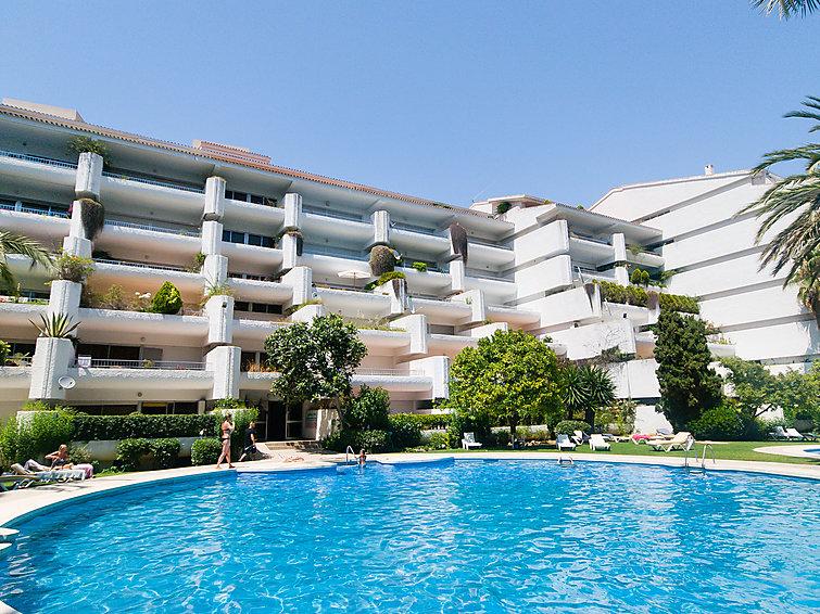 self catered apartment jardines del mar 01 marbella j2ski