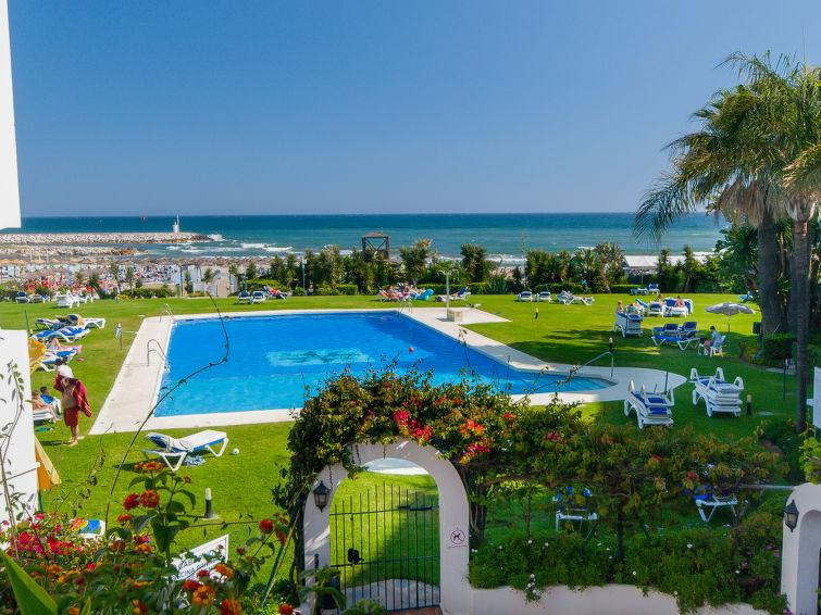 Cabopino Apartment in Marbella