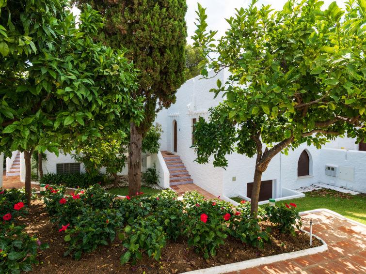 Atalaya Rio Verde Apartment in Marbella