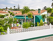 Marbella - Holiday House Costabella 02