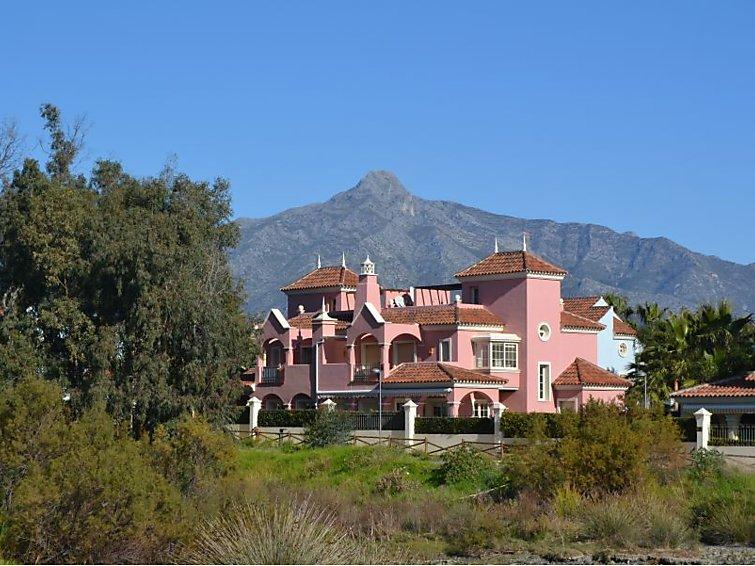 Lorea Playa Accommodation in Marbella