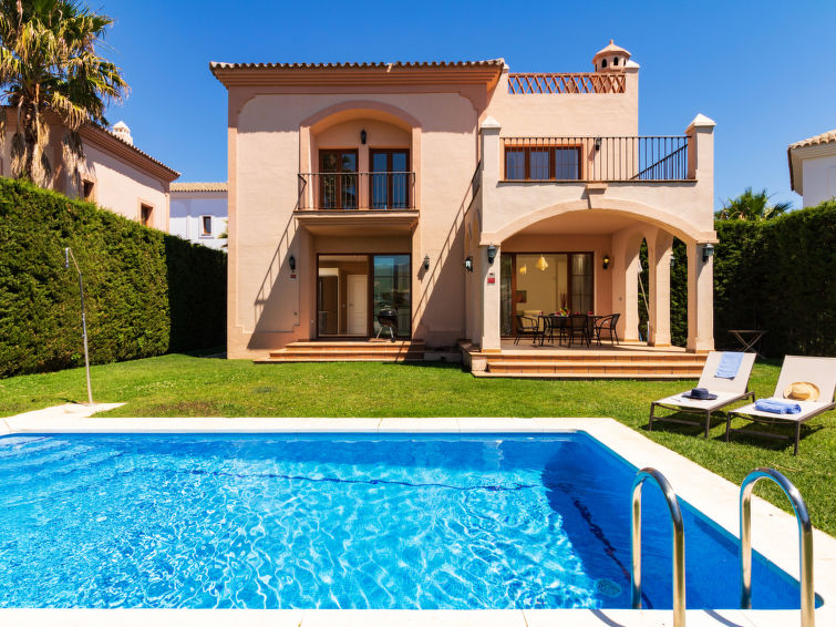 Villa Resina Golf Accommodation in Estepona
