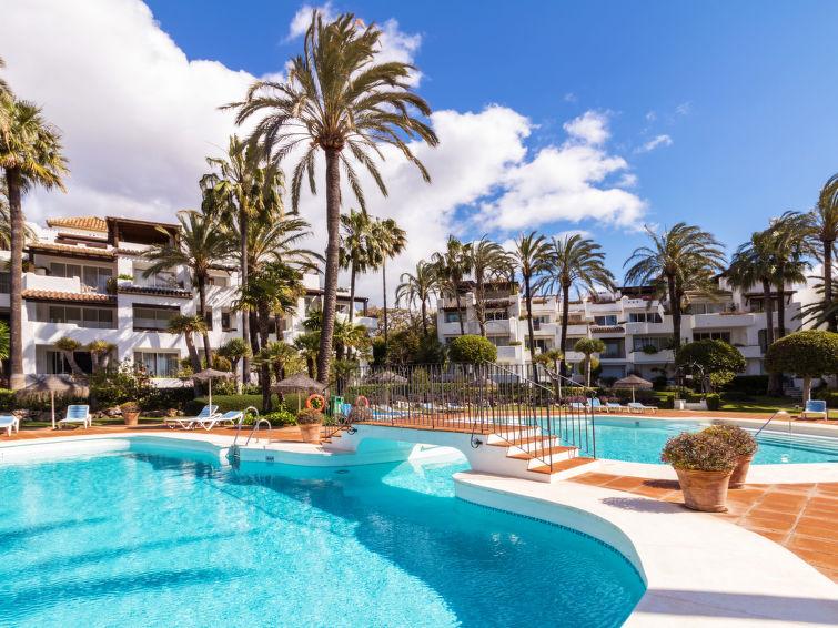 Alcazaba Beach Apartment in Estepona
