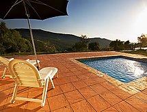 El Mirador con terrazza und piscina
