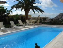 Arona - Apartment Chalet Rainer