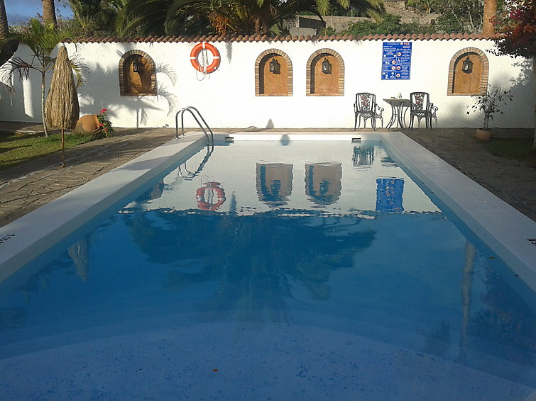 Apartamento de vacaciones CASTILLO GOLF I con horno y piscina
