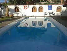 CASTILLO GOLF I con horno y piscina