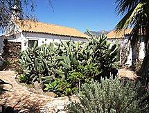 Landhaus La Escalona mit Fernseher und Waschmaschine