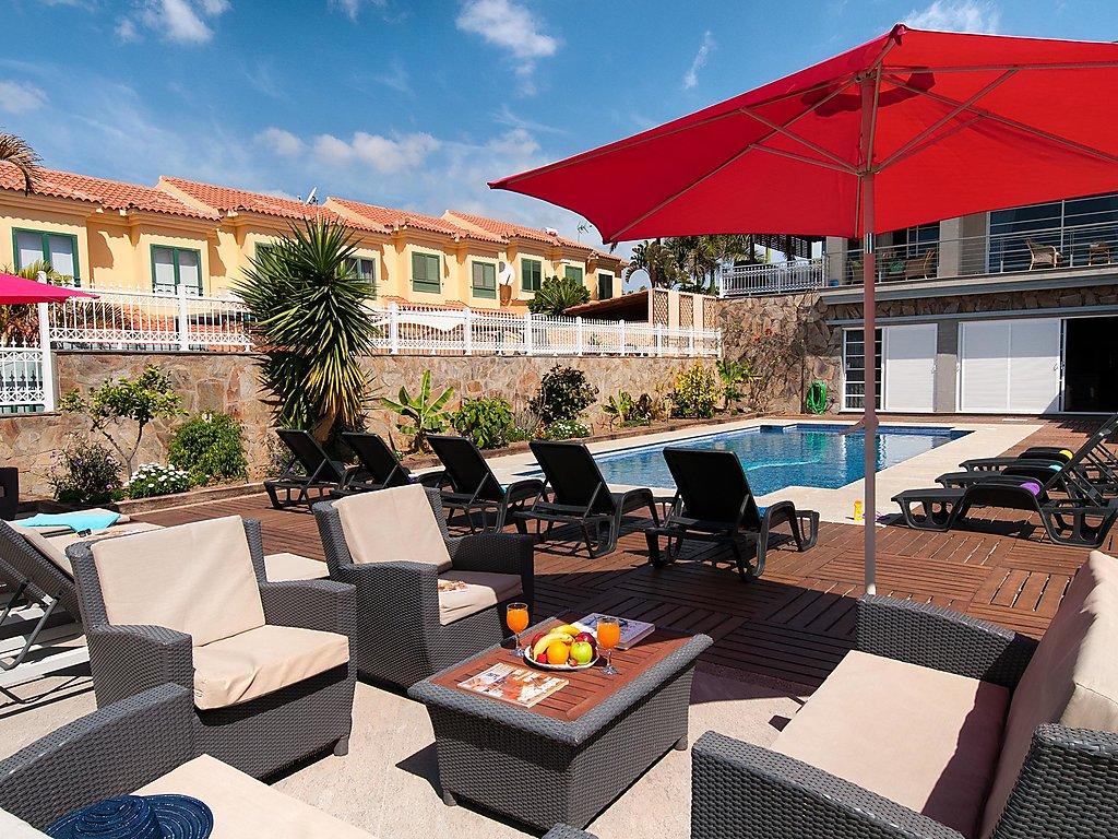 Ferienhaus Superb Villa in Sonnenland for 12 Ferienhaus in Spanien