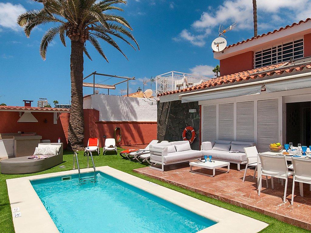 Ferienhaus Deluxe Villa at the Beach Front Ferienhaus in Spanien