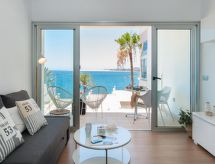 Seaviews Apartment Las Flores til golf og med barneseng